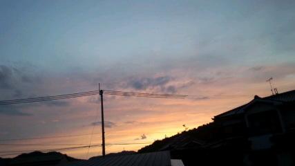 沈まぬ夕日